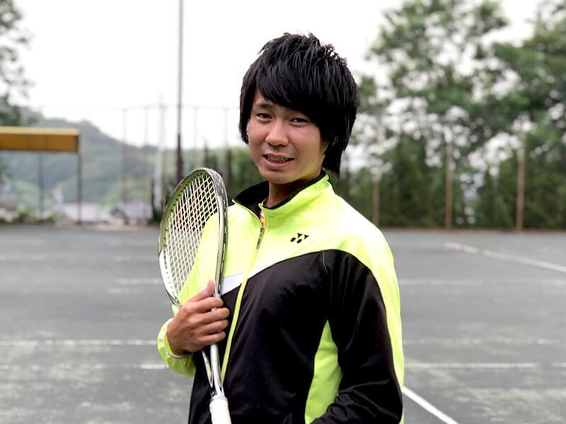 石田コーチ
