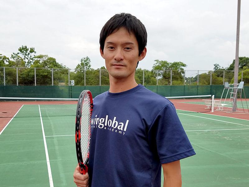 安達コーチ